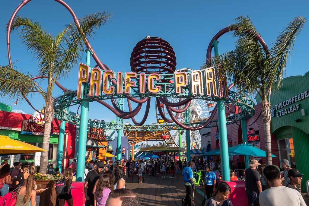 Santa Monica Pier Pacific Park Kirmes und Freizeitpark