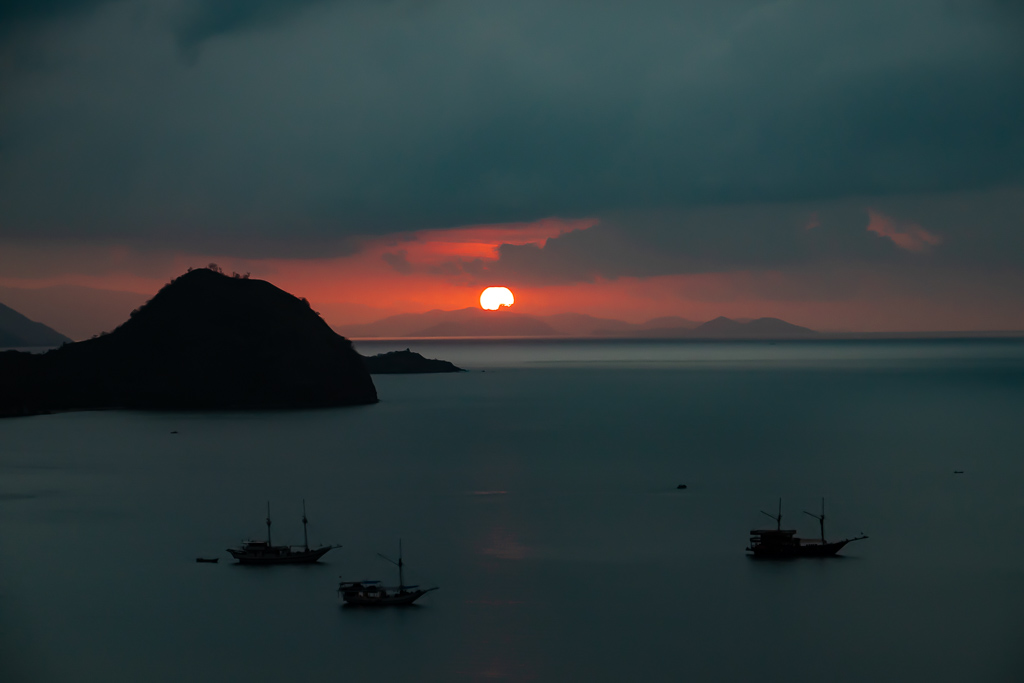 Sunset Hill Hotel Labuan Bajo Sonnenuntergang Aussicht