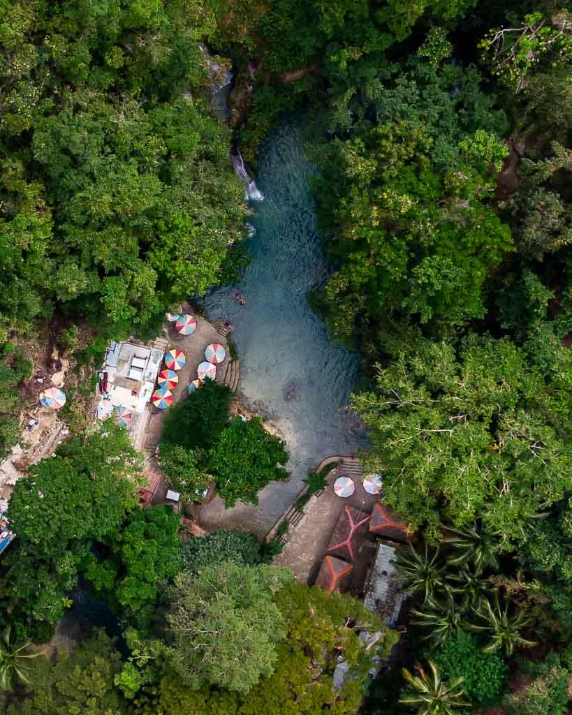Drohne Kawasan Falls Ebene Zwei