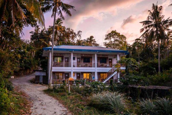 Siquijor Unterkunft MLB Beachfront Apartment Airbnb