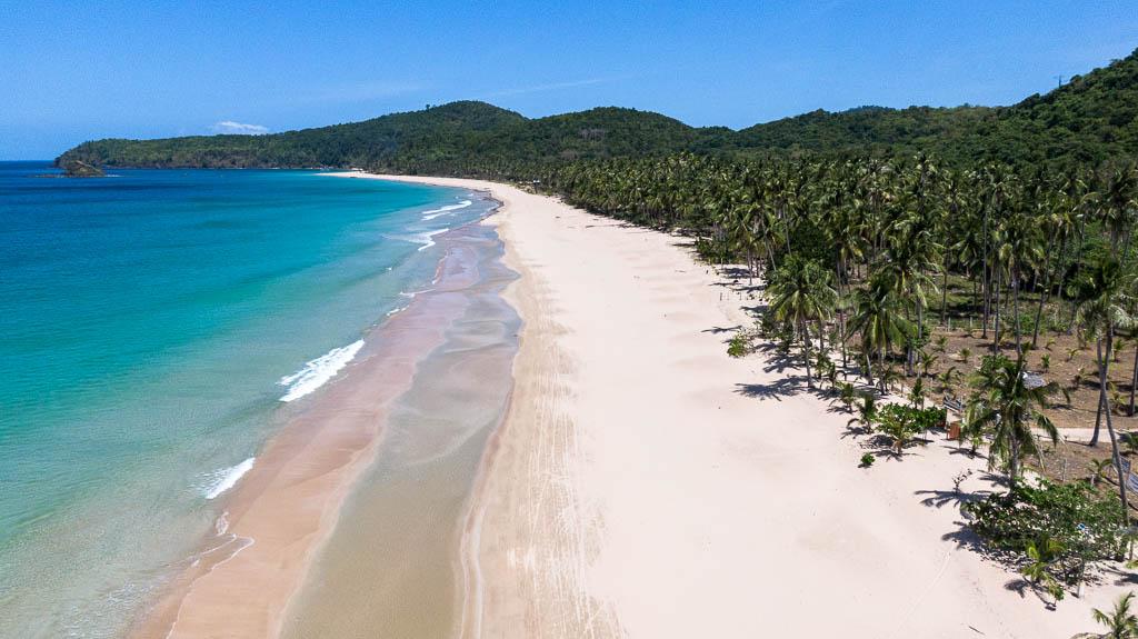 Sehenswürdigkeiten in El Nido Nacpan Beach