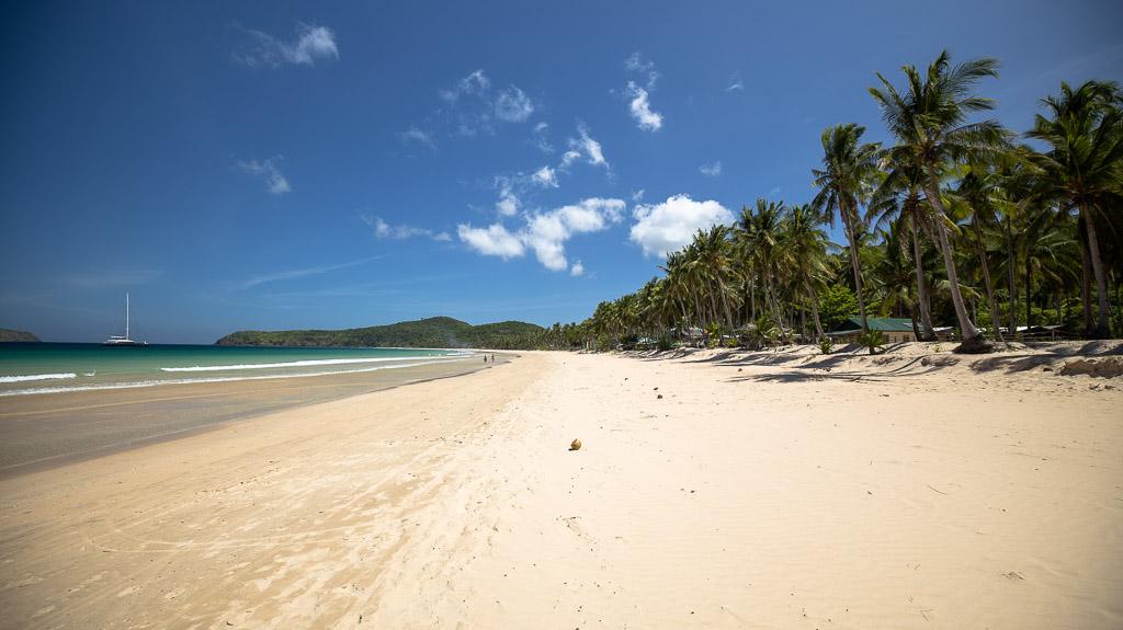 El Nidos Nacpan Beach