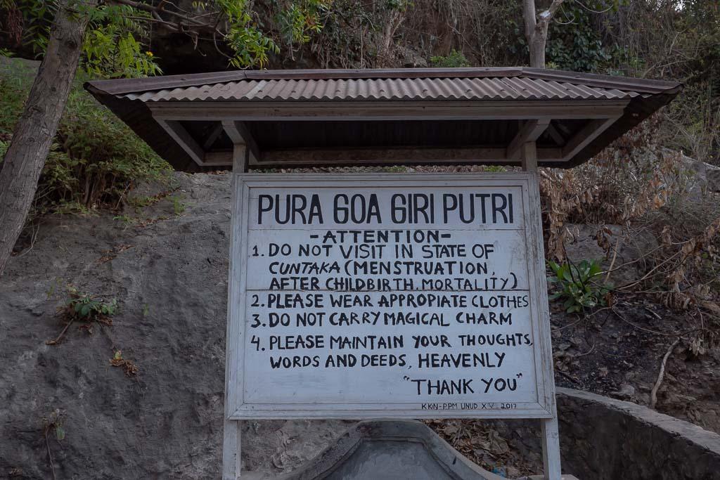 Nusa Penida Tempel Pura Goa Giri Putri